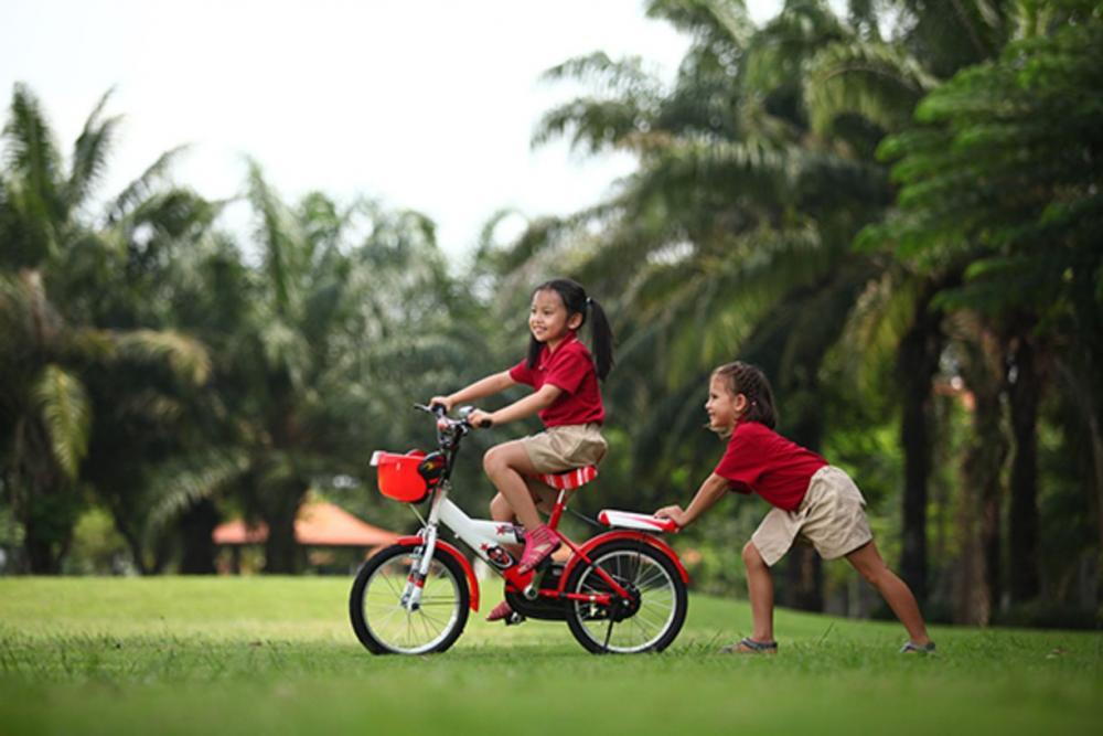 Kỹ năng sống cho trẻ mầm non: Dạy con kỹ năng sống tự lập